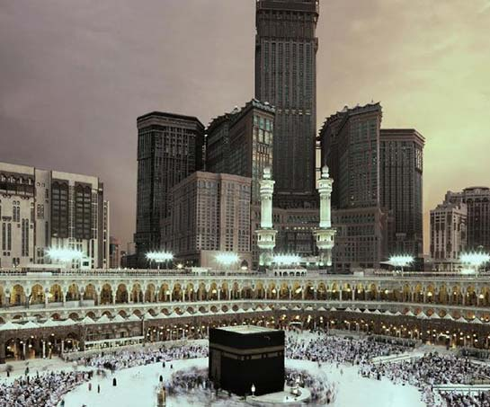 5 Star 14 Nights Family Umrah Package